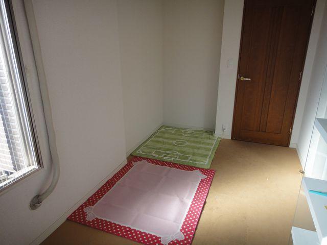 机を置く部屋